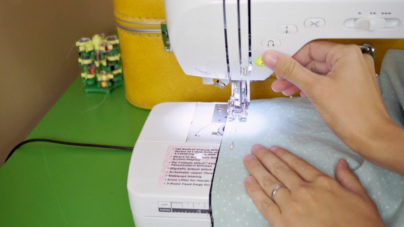 Sewing a set of DIY cloth napkins