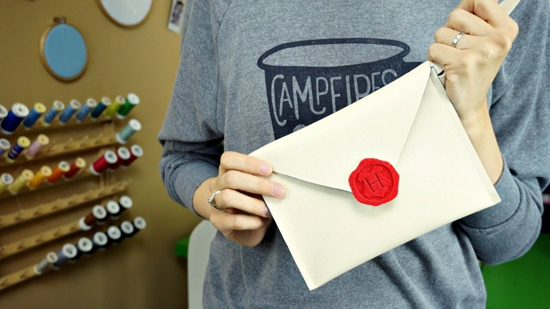 Hogwarts Letter Purse – A DIY Envelope Clutch